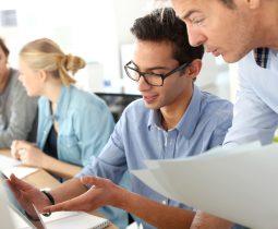Aide exceptionnelle aux employeurs qui recrutent en alternance